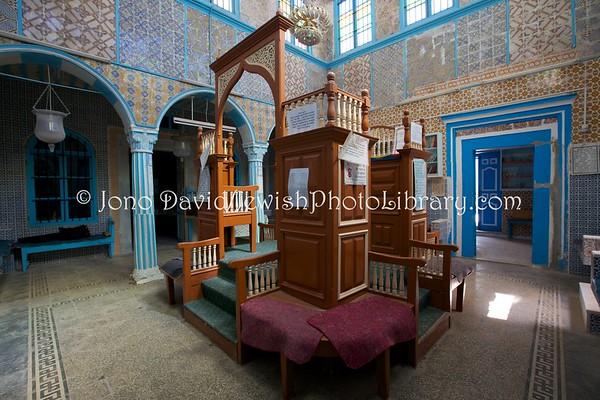 TUNISIA, Djerba, Hara Kebira. Synagogue Parienti (3.2016)