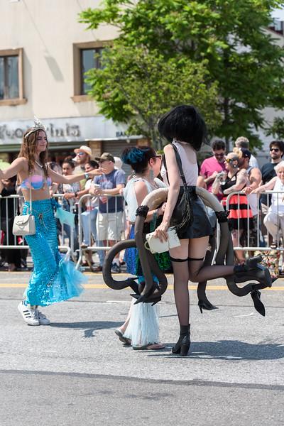 2019-06-22_Mermaid_Parade_0023.jpg