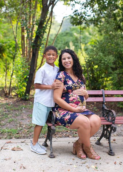Michele Shumpert Maternity_32.jpg