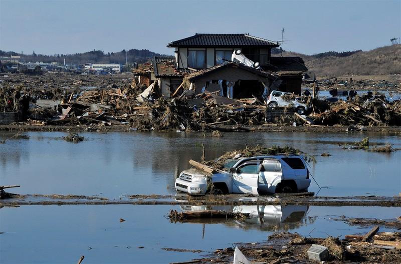 JapanEarthquake2011-33.jpg