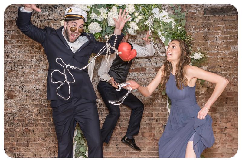 Laren&Bob-Wedding-Photobooth-224.jpg