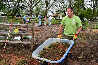 Cornelius Community Garden Expansion Workday, 4-18-2015