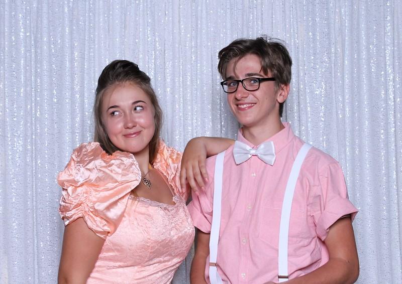 Tapestry 80's Tacky Prom