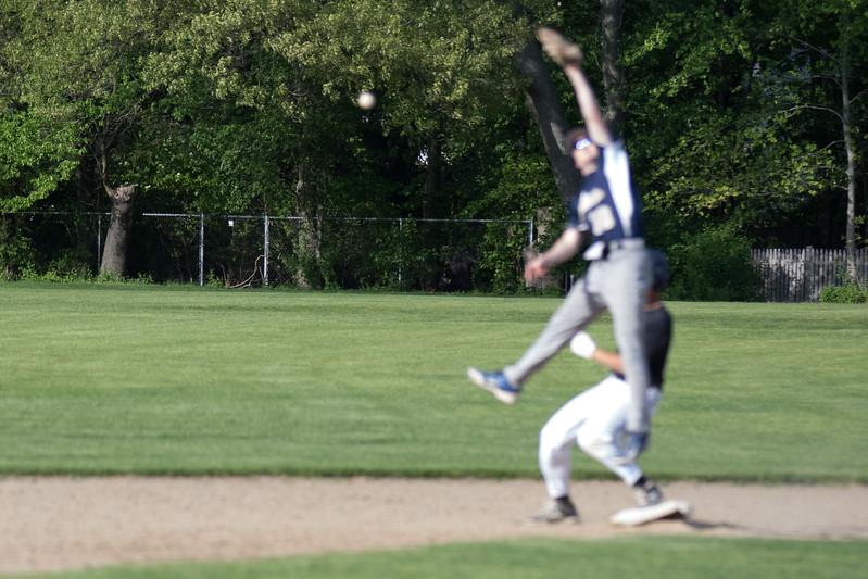 freshmanbaseball-170519-081.JPG