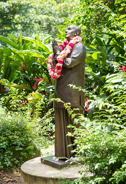 20160728_Meditation at the PR Statue_057.jpg