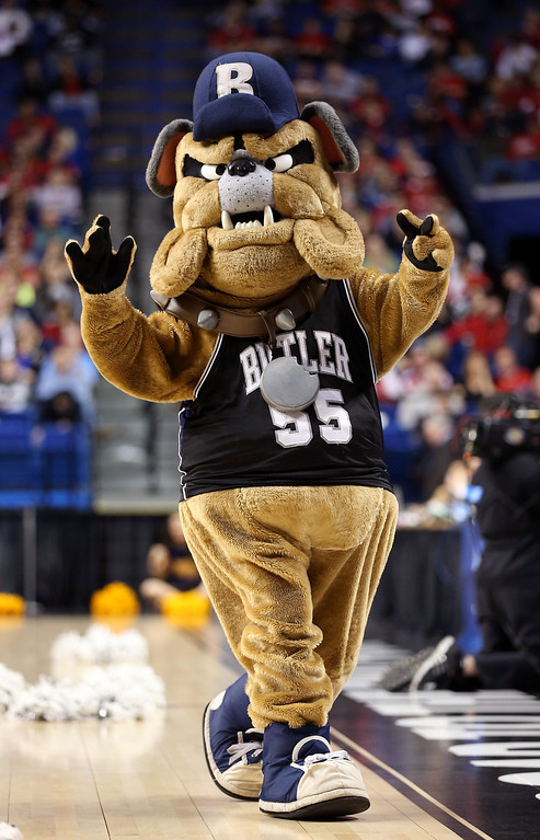 . LEXINGTON, KY - MARCH 23:  The Butler Bulldogs mascot walks on the court during a game stoppage in the first half against the Marquette Golden Eagles during the third round of the 2013 NCAA Men\'s Basketball Tournament at Rupp Arena on March 23, 2013 in Lexington, Kentucky.  (Photo by Andy Lyons/Getty Images)