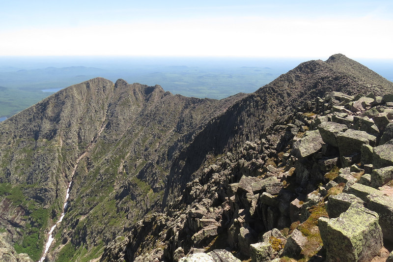 Pamola, the Knife Edge ---yoiks--- and South Peak.JPG
