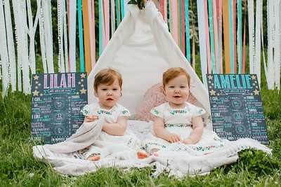 Lilah & Amelie are ONE (and a bit)