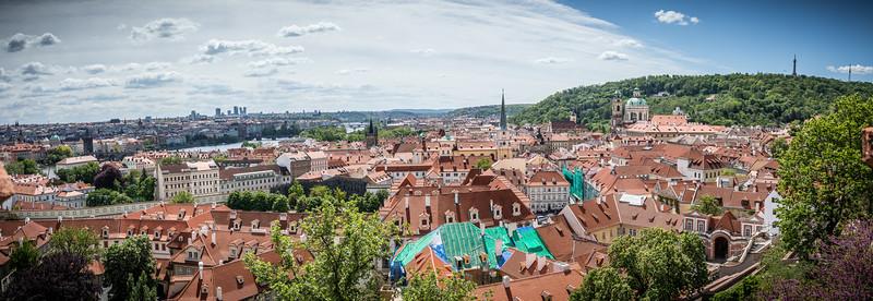 Prague2-.jpg