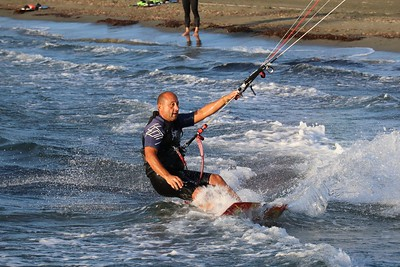 Kitesurfing at St Raphael 01-DEC-2019