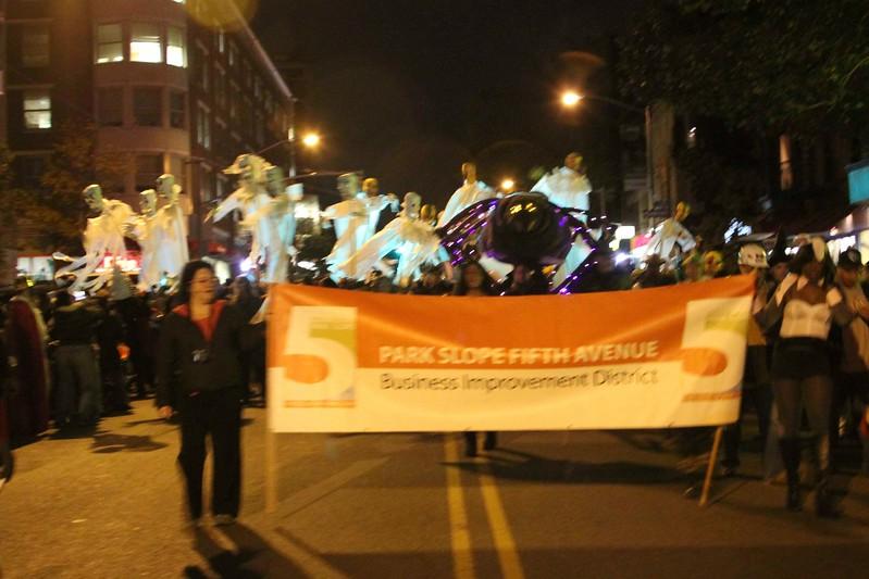 2011.10.31 Street Halloween Parade.ss-46.jpg