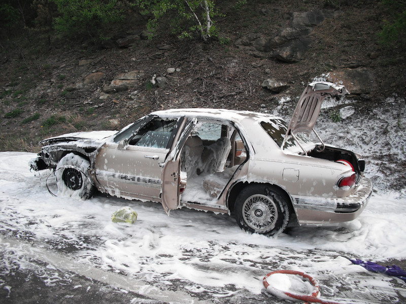 mahanoy township vehicle fire2 5-7-2010 002.JPG