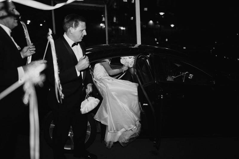 1062_Josh+Emily_WeddingBW.jpg