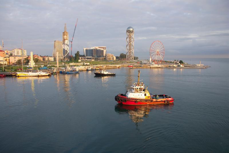 Tugboat at waterfront at Batumi, Georgia. _DSC4713