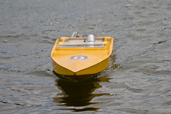 2009 06-21 RC Boats