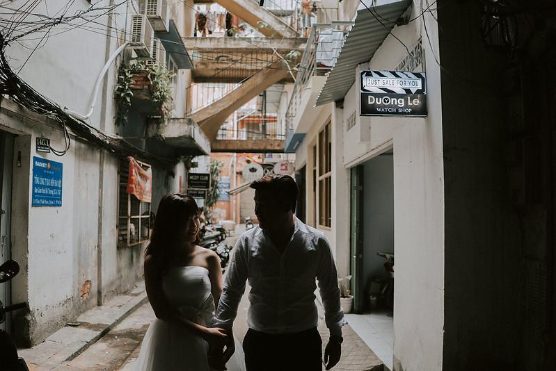 Tu-Nguyen-Destination-Wedding-Photographer-Saigon-Engagement-Shooting-Vietnam-Videographer-34.jpg