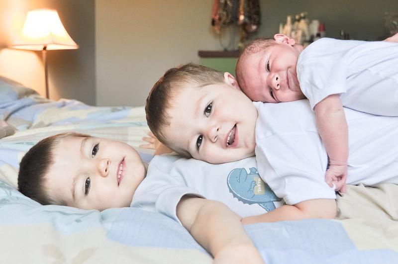 Henry newborn-52.jpg