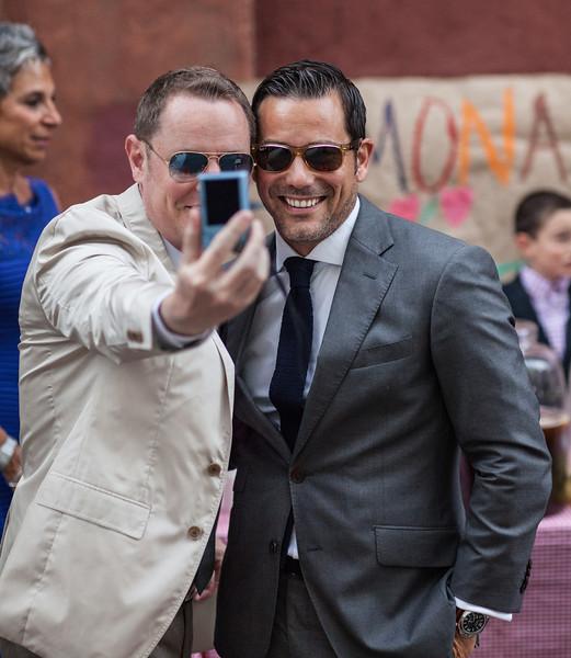 Selfie Men (II)