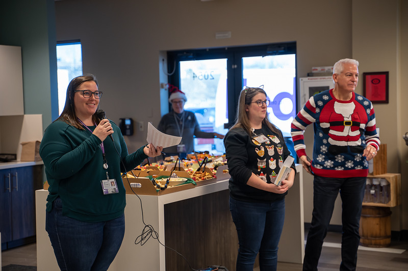 Resource Group Holiday Party 2019-00628.jpg