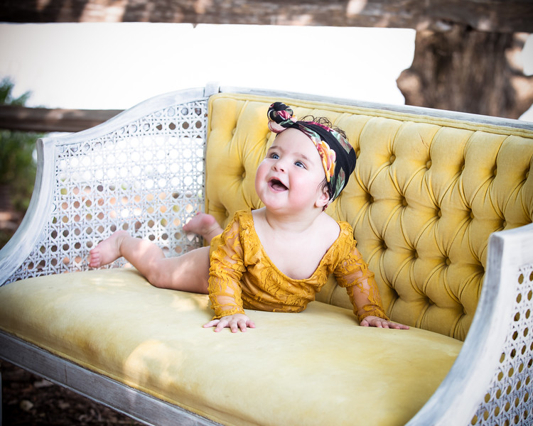 Penelope 6 months 028.jpg