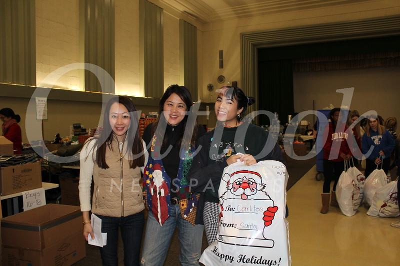 Jennifer Wei with Grace and Lauren Navarrete.JPG