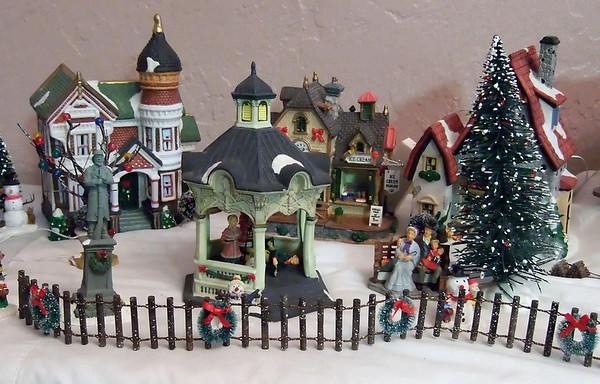 David and Susan's Christmas Village:  December 27, 2008