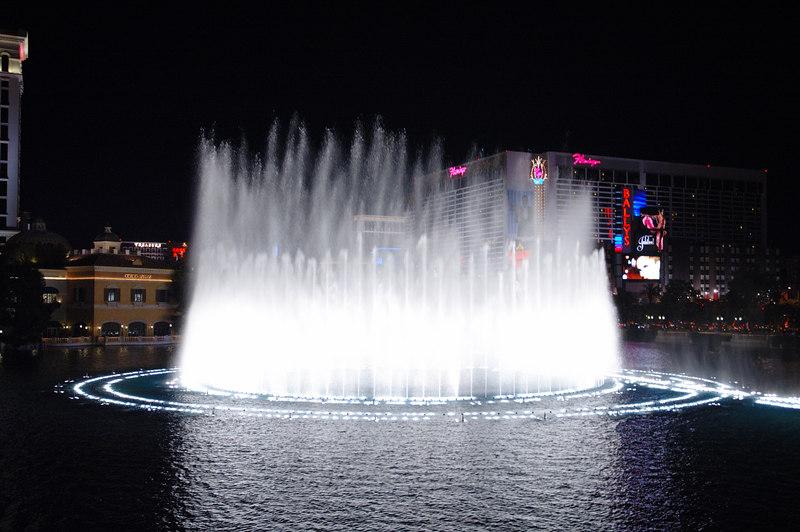 Fountain16.JPG