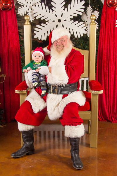 Santa 12-16-17-203.jpg