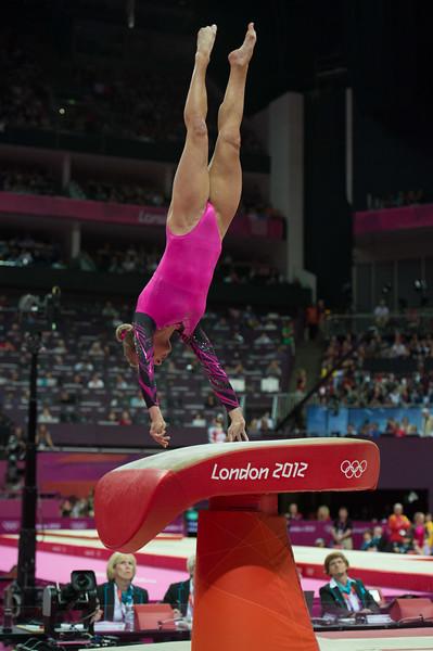 __02.08.2012_London Olympics_Photographer: Christian Valtanen_London_Olympics__02.08.2012__ND43398_final, gymnastics, women_Photo-ChristianValtanen
