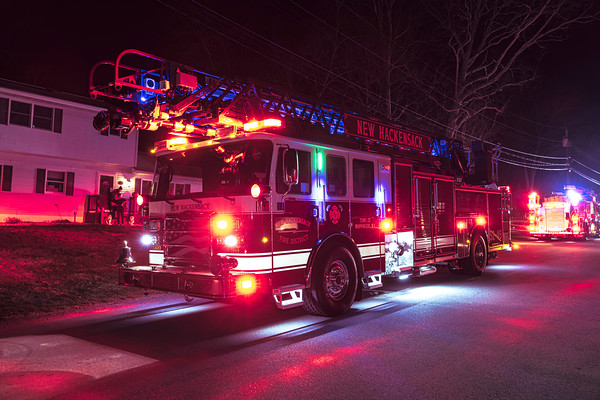 Structure Fire - Helen Drive - New Hackensack Fire District -12/08/2020
