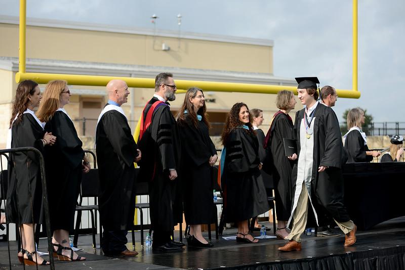 Vandegrift-HS-Graduation_021.jpg