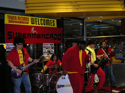 Supermercado Live At Tower Records In Chicago