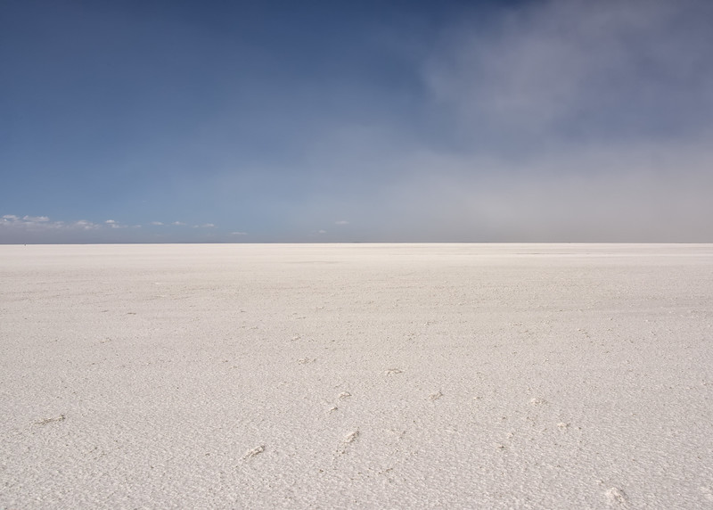 BOL_2907-7x5-Windy day on Salt Flats.jpg