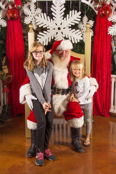 Santa 12-16-17-157.jpg