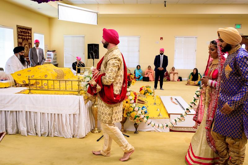 Neelam_and_Matt_Gurdwara_Wedding-1409.jpg