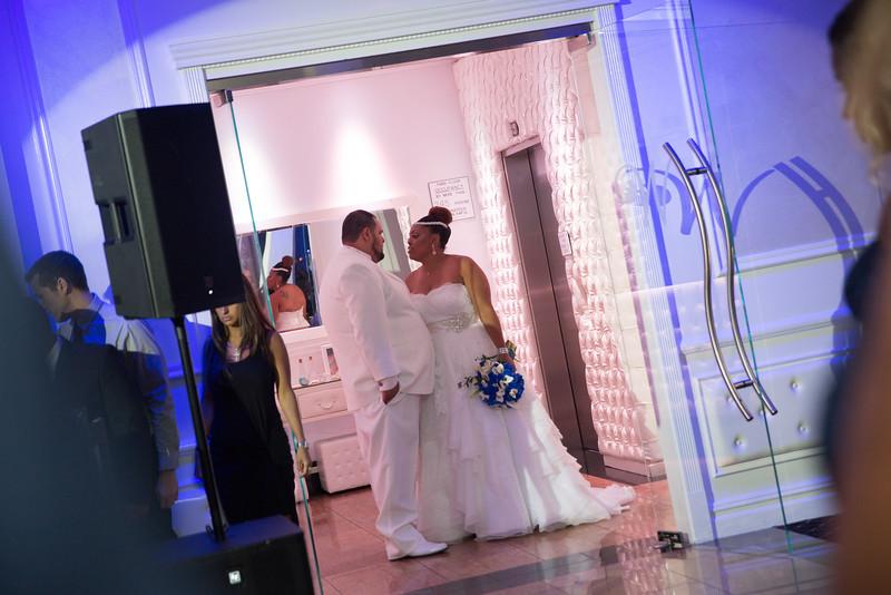 MER__0861_tonya_josh_new jerrsey wedding photography.jpg
