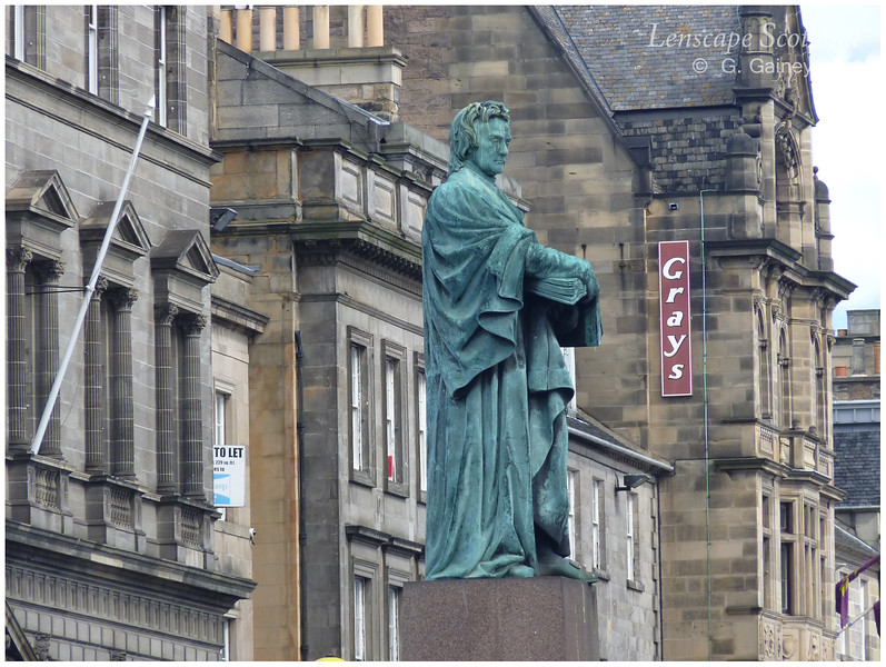 Thomas Chalmers statue, George Street (2)