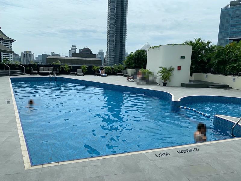 Hilton Hotel Swimming Pool