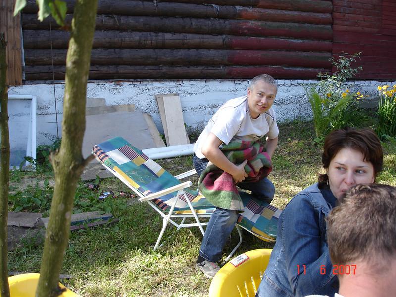 2007-06-10 У Князевых на даче 60.jpg