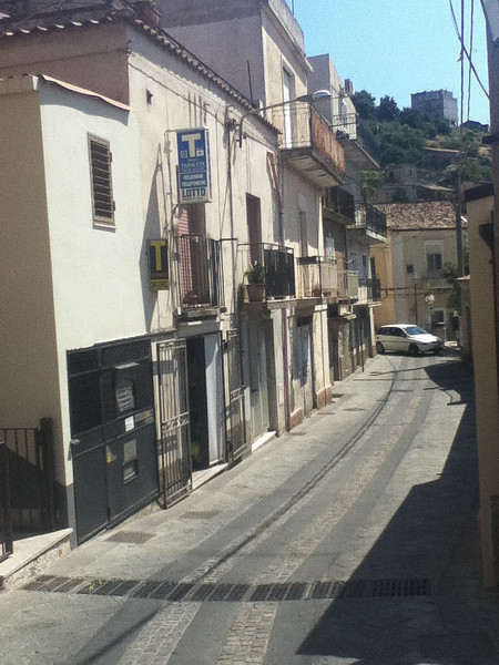 20110820-Ginka-Sicily-20110820--IMG_1603--0811.jpg