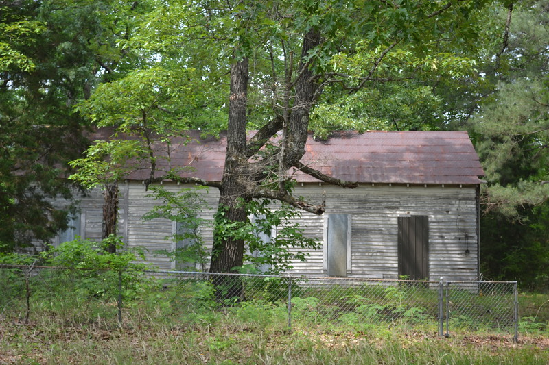 003-abandoned-church-reform-ms_14277653991_o.jpg