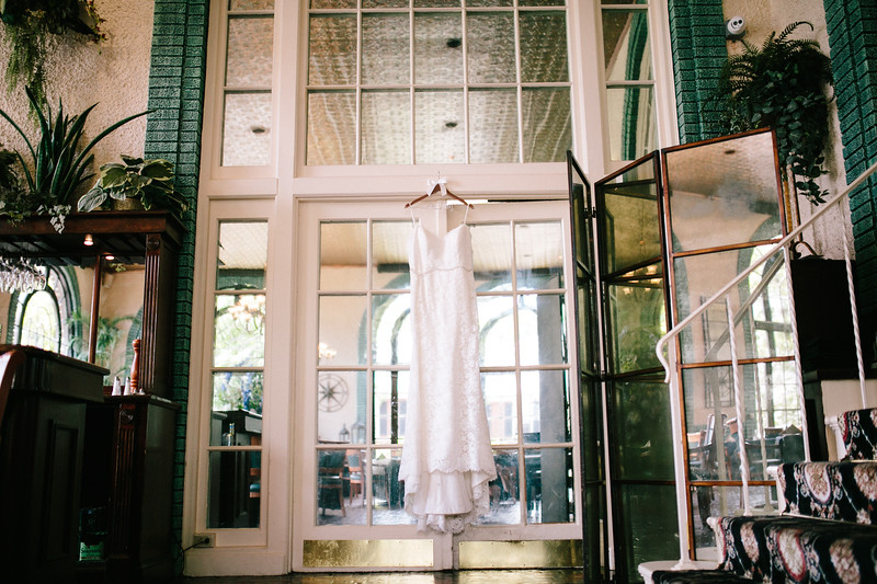 Kimberley_and_greg_bethehem_hotel_wedding_image-1.jpg