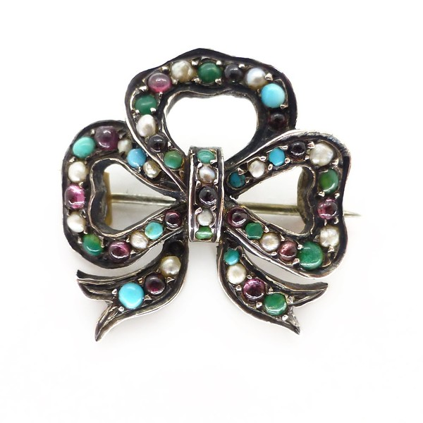 ANTIQUE EDWARDIAN SILVER TURQUOISE, PEARL, AMETHYST & CHRYSOPRASE BOW BROOCH