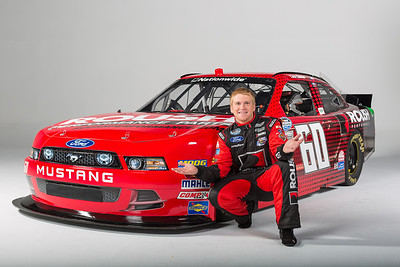 Chris Buescher Photos