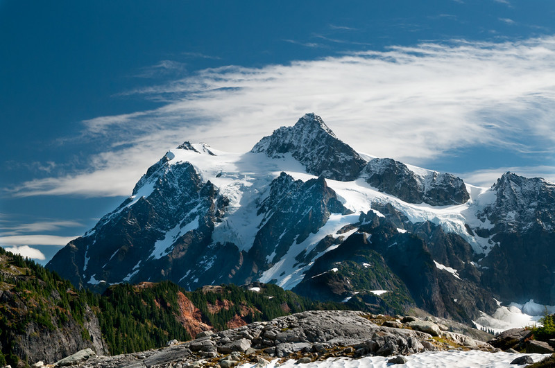 artist's_point_11561_shuksan_surrounds-sm.jpg