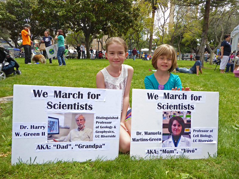 We March for Scientists