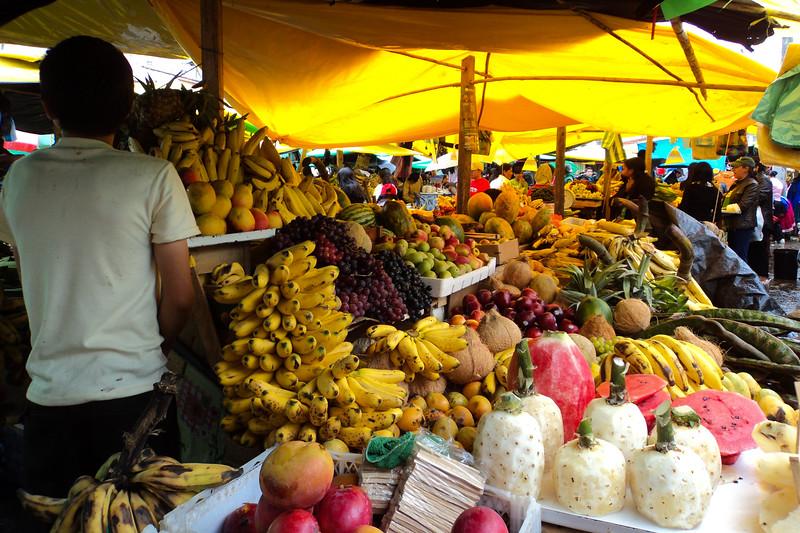 gualaceo-market-3_5364445503_o.jpg