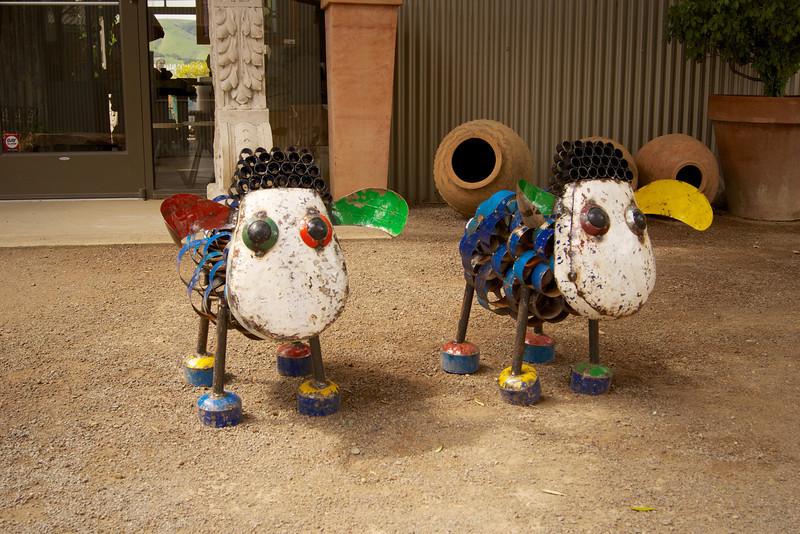 Metal Sheep - Cornerstone Gardens - Sonoma ref: 065c7192-43fc-40e8-b50e-2b43728427e1