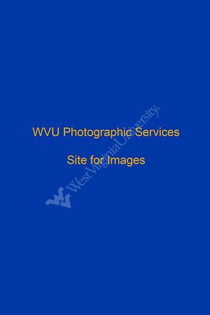 27083  Frances Vanscoy and students Environmental Portrait