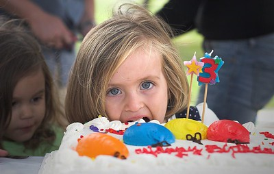 Ela's 3rd Birthday Party